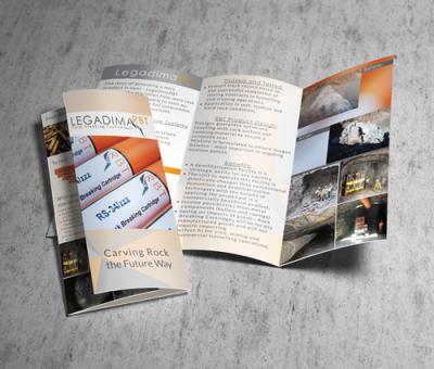 Peri-Peri-Creative-Tri-fold-flyer-legadimaRBT